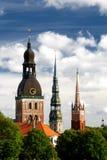 Tours d'église à Riga Image libre de droits