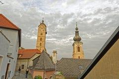 Tours d'horloge d'Altstadt von Krems With deux Image libre de droits
