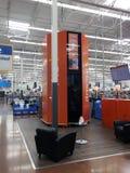 Tours de collecte de Walmart photo libre de droits