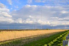 Tours de communication grandes ondes Goliath Appareil de radio pour Image libre de droits