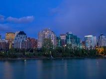 Tours de logement à Calgary urbain Images stock