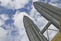 Tours de Petronas à Kuala Lumpur, Malaisie Photographie stock libre de droits