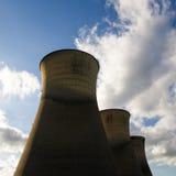 Tours de refroidissement de centrale de Willington Image libre de droits