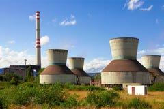 Tours de refroidissement industrielles Image libre de droits