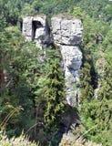 Tours de roche chez Hruboskalsko Images libres de droits