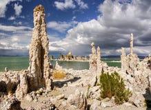 Tours de roche, paysage, lac mono, la Californie Photographie stock