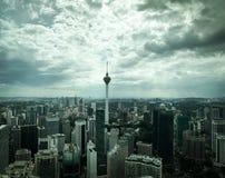 Tours jumelles de klcc bleu de Petronas Photographie stock libre de droits