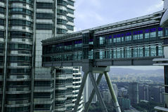 Tours jumelles SkyBridge de PETRONAS Photo stock