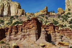 Tours multicolores et formations de roche Photos stock