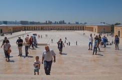 Toursists en Anitkabir, Ankara, Turquía Foto de archivo libre de regalías