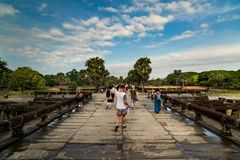 Toursits, Angkor Wat στην Καμπότζη Στοκ εικόνα με δικαίωμα ελεύθερης χρήσης