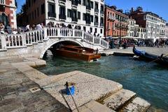 Toursits i gondole Wenecja Fotografia Royalty Free