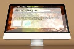 Tous dans un ordinateur montrant un site Web générique Photos libres de droits
