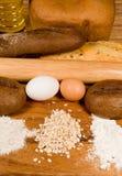 Tous pour un lot de pain. photographie stock libre de droits
