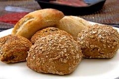 Tout le genre de pains de plaque photographie stock