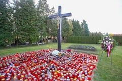 Tout le jour de saints au cimetière Photos stock