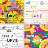 Tout que vous avez besoin est amour (placez de 4 milieux sans couture avec le texte écrit de main) Photos stock