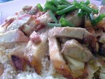 Tout riz thaïlandais de nourriture, riz rouge de porc ou Kao Moo Dang, Hadyai, Songkhla, Thaïlande Photo libre de droits