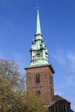 Tout sanctifie par l'église de tour à Londres photo stock