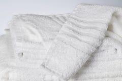 Tovaglioli bianchi del cotone immagini stock libere da diritti
