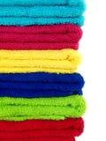Tovaglioli colorati della stanza da bagno Fotografie Stock Libere da Diritti