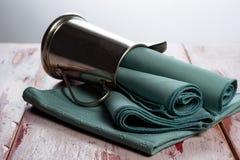 Tovaglioli verdi del panno Fotografia Stock