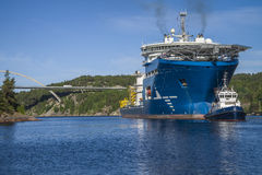 The towage of mv north sea giant has started Stock Photography