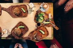 towarzyszący zdobycza kurczaka kuchni kartoteki karmowej włoskiej fotografii poczta przerobowy fachowy surowy kumberlandu oprogra obraz stock