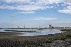 Towe de la observación de pájaros en las nuevas islas, en el Markermeer, el marcador foto de archivo