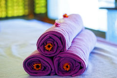 Towels on the bed in a spa Royalty Free Stock Images