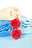 Towels,roses and loofah Stock Photography