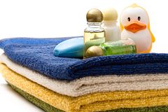 Towels, shampoo bottles Stock Image