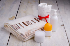 Towel and toiletries Royalty Free Stock Image