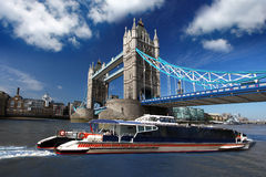 Tower Bridge with boat, London, UK Royalty Free Stock Photos
