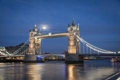Tower Bridge London. Crosses the River Thames Stock Photography