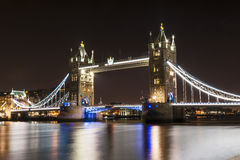 Tower bridge by night Royalty Free Stock Photos