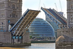 Tower bridge open Royalty Free Stock Images