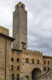 Tower and gate in San Gimignano, Italy Stock Photography