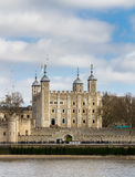 Tower of London located on the north bank of the River Thames in Stock Photos
