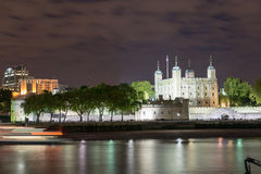 Tower of London and Thames river at Night - London Royalty Free Stock Photography