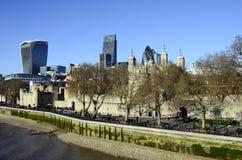 Tower von London und die Essiggurke Stockbilder