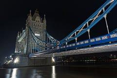 Towerbridge alla notte Fotografie Stock