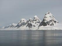 Towering Antarctic Peaks Royalty Free Stock Images