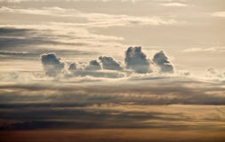Towering clouds at dawn Royalty Free Stock Photos