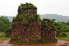 Towers byggdes av Chamcivilisationen i min Son, Quang Nam, Fotografering för Bildbyråer