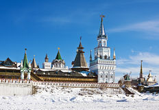 Towers and domes of the Izmailovo Kremlin in Moscow Stock Photos