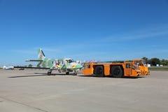 Towing aircraft Royalty Free Stock Photos