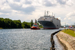 Towing the car ferry Royalty Free Stock Images