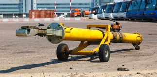 The towing hitch carrier for aircraft Royalty Free Stock Photography
