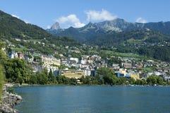 Town av Montreux på laken Geneva Arkivbild